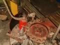 Машина за заливане с изолираща смес и поставяне на капачка  - част от линия за производство на батерии