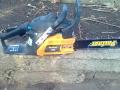Продавам нова бензинова дърворезачка Partner p340s