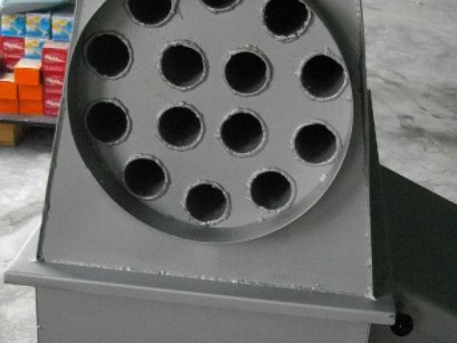 Печка на твърдо гориво с въздушна риза