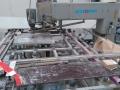 Продавам двустранна пробивна машина за стъкло