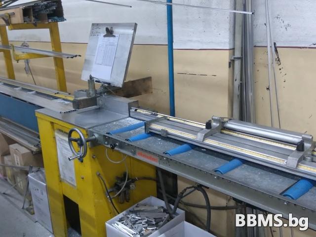Продавам отрезна машина за дистанционер