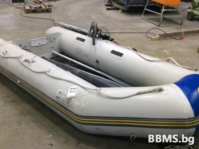 Надуваема лодка със електрически двигатели 5 скорости