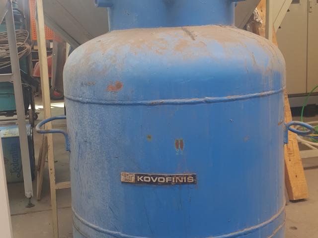 Съдове под работно налягане 6 атм