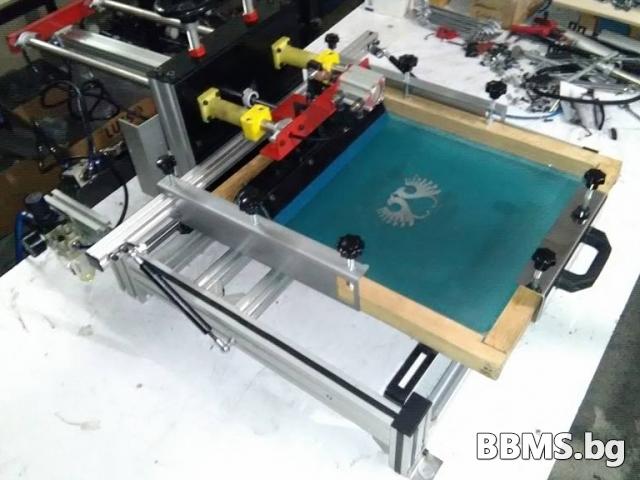 Нова полуавтоматична машина за ситопечат.