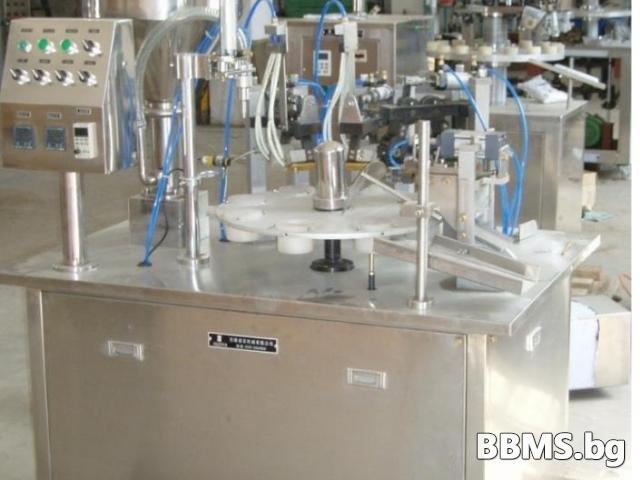 Полуавтоматична машина за пълнене и затваряне на тубички